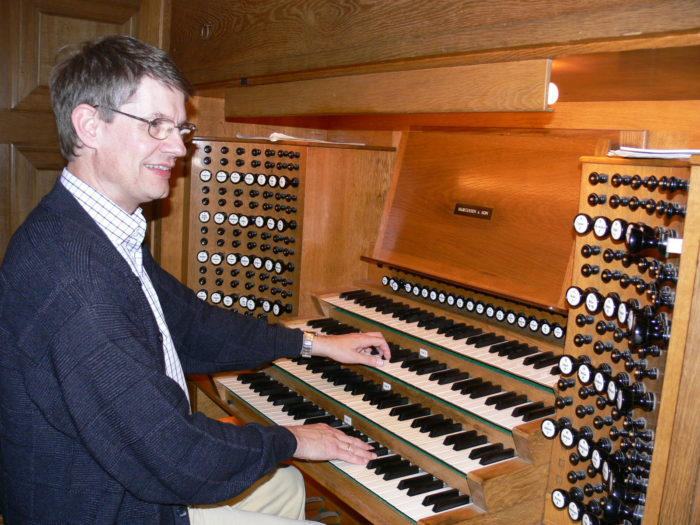 Dr. Laschet at the Cathedral Organ in Haderslev (DK)